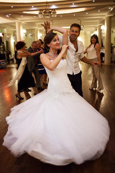 tomasz-bobrzynski-photography-2012-wedding-dance-11